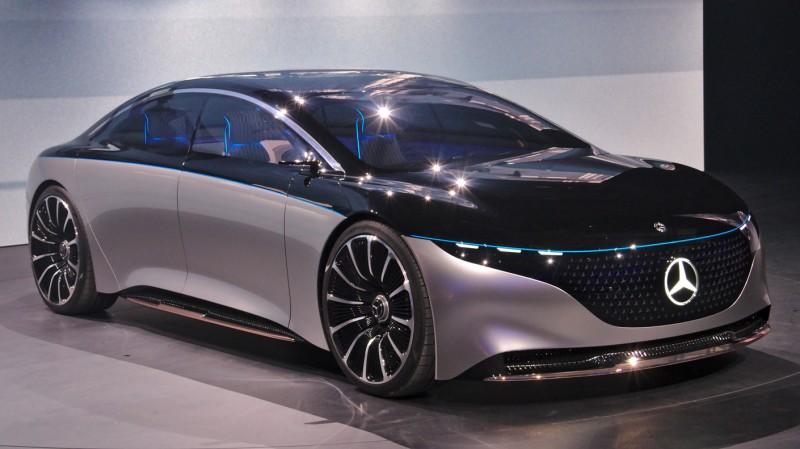 Mercedes-Benz EQS Brings Luxury to Electric Car Design