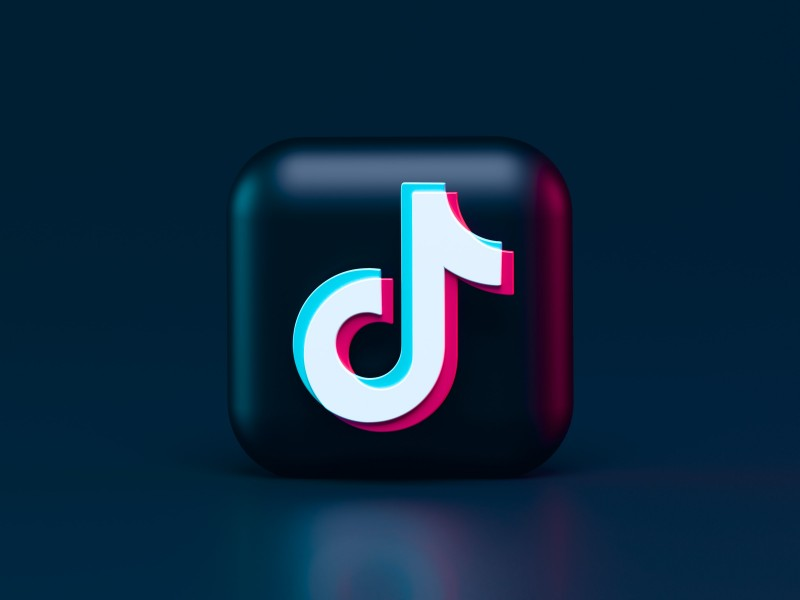 A TikTok Influencer shares Cryptocurrency Knowledge with the Social Media Generation